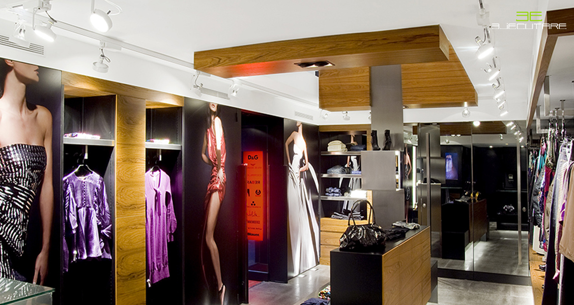Tienda de moda femenina con luces independientes según el área y el tipo de iluminación que se le quiera dar