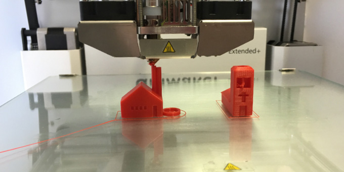 Impresora 3D. Nueva tendencia en el sector de la construcción, capaz de hacer ladrillos.